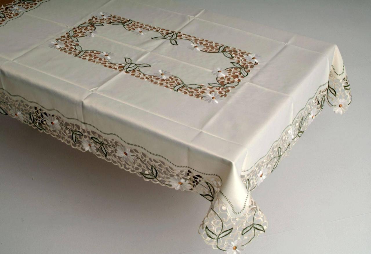 Скатерть на кухонный стол170*130 букет ромашек фирмы ТД Сеул