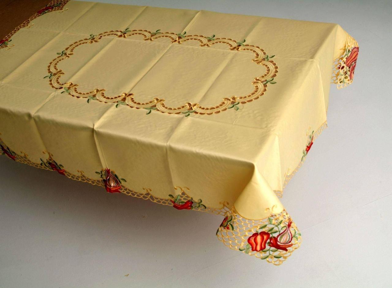 Скатерть на кухонный стол перцы 170*130