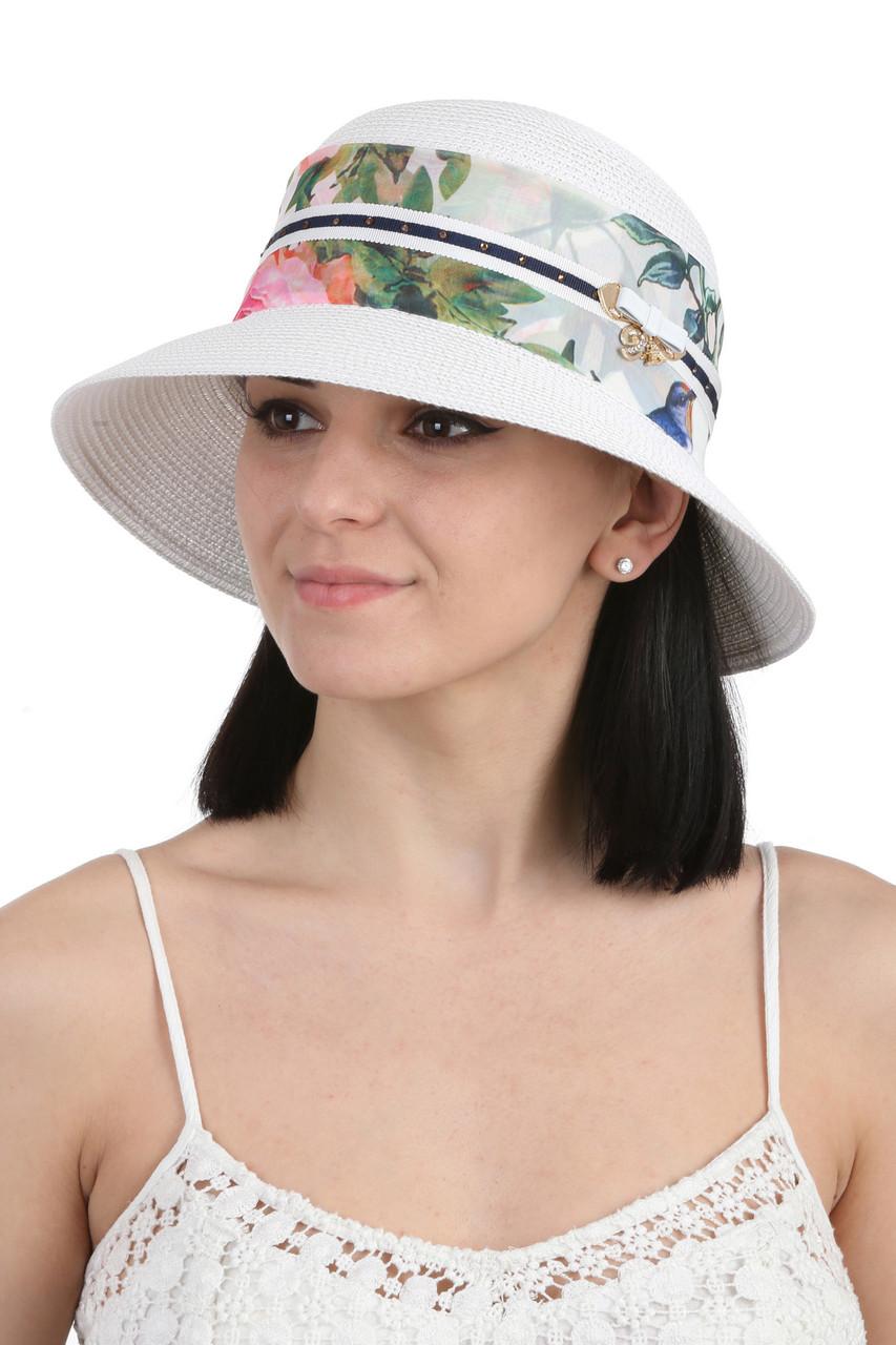 Шляпа с маленькими полями белая
