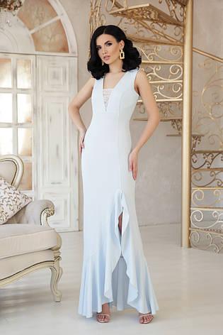 Вечернее длинное платье с разрезом от бедра и широким воланом Этель к/р голубое, фото 2