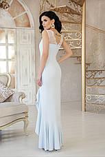 Вечернее длинное платье с разрезом от бедра и широким воланом Этель к/р голубое, фото 3