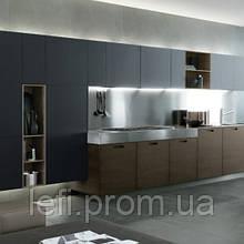 Кухня с фасадами из ДСП на фурнитуре Linken System или GTV