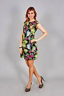 Модное женское платье в красивый цветочный принт