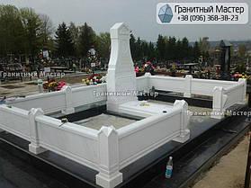 Памятник из белого мрамора женщине в с. Хотов, Киевской обл.  17