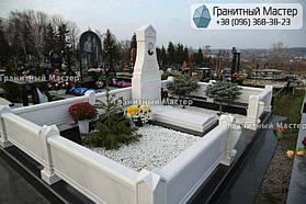 Памятник из белого мрамора женщине в с. Хотов, Киевской обл.  28