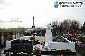 Памятник из белого мрамора женщине в с. Хотов, Киевской обл.  30