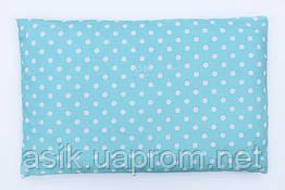 Дитяча подушка 60*40 для новонароджених блакитного кольору з горошком.