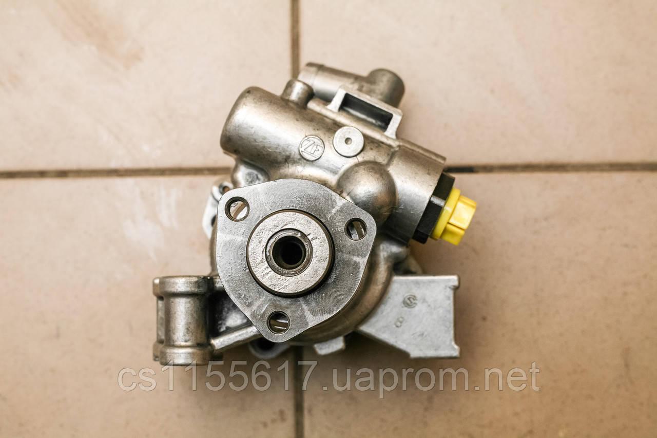 Насос гидроусилителя ГУР Mercedes Vito 638 1998-2003 Sprinter