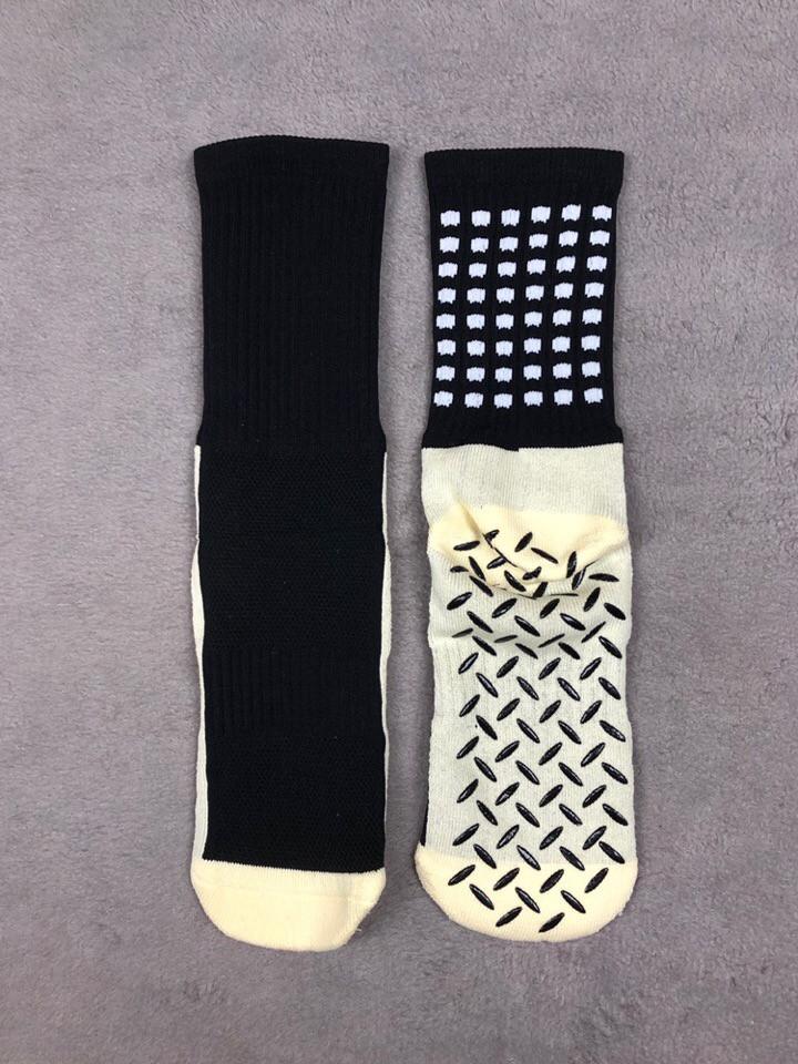 Носки тренировочные короткие (черные)