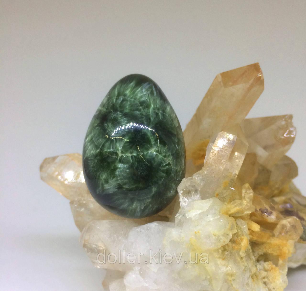 Яйцо из ангельского камня Серафинит