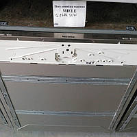 Miele G2582 SCVi: Встроенная посудомоечная машина