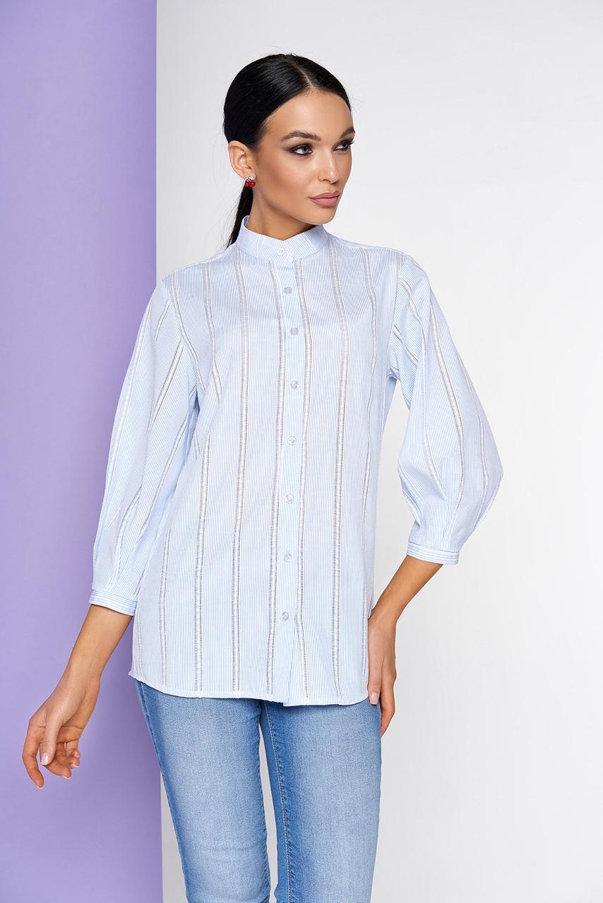 Хлопковая рубашка женская с воротником-стойкой и рукавом 3/4 на узкой манжете голубая