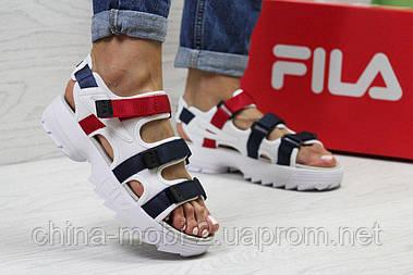 Женские сандалии  Fila, белые с синим и красным  Топ реплика ААА+  5302