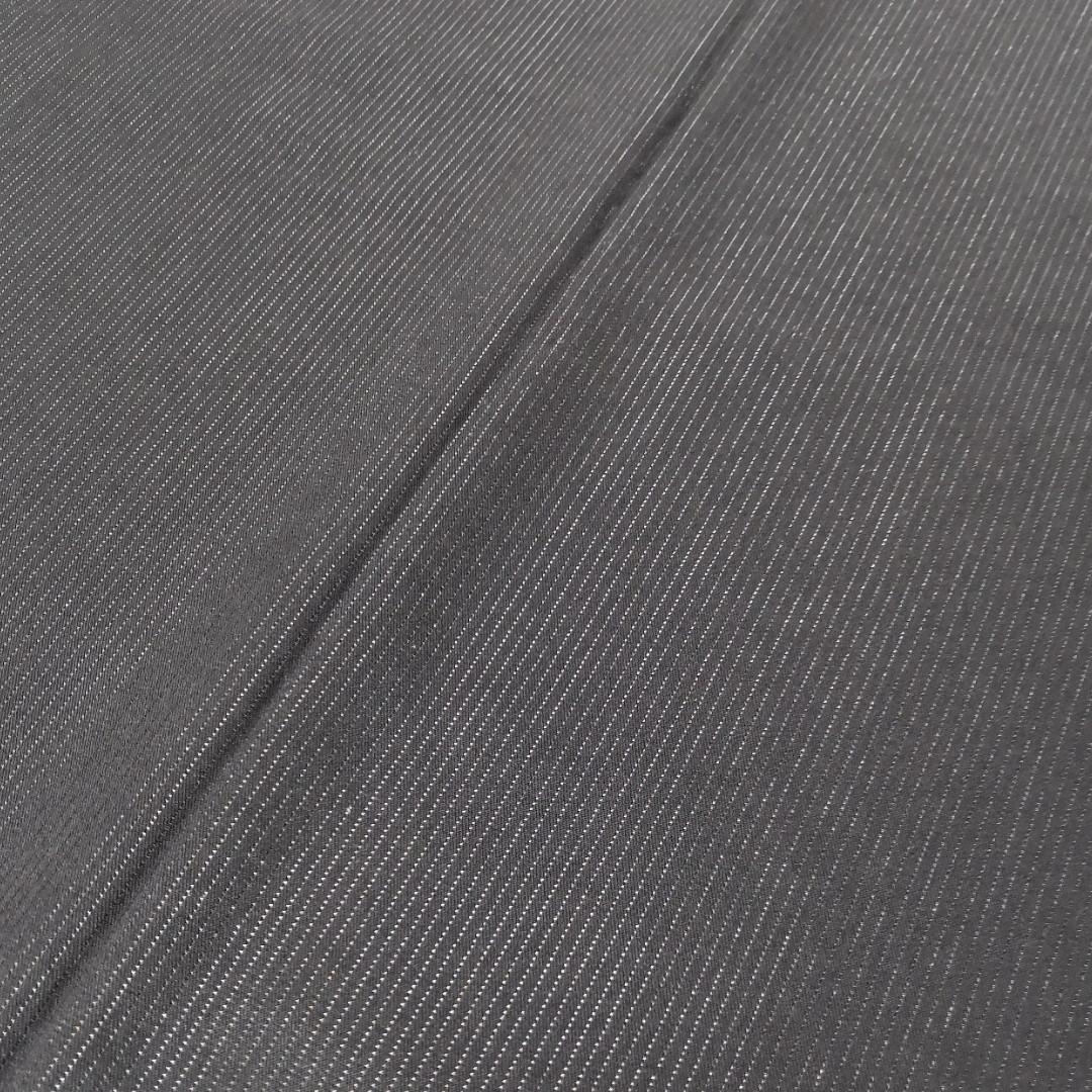 Черная костюмная ткань с ниткой с отливом лоскут  140смХ80 см