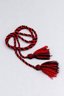 Двухцветный шнурок с кисточками (красно-черный)