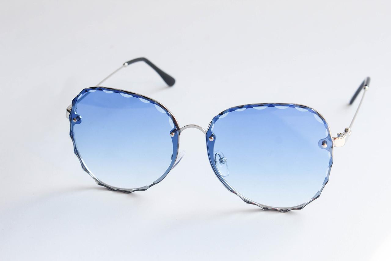 5dc71cabd05a Очки квадратные солнцезащитные с линзами голубого цвета в металлической  оправе