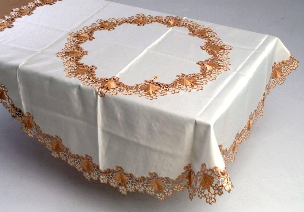 Скатерть на круглый стол180*180 невеста