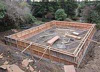 Монтаж деревянной опалубки, монтаж деревянной опалубки для фундамента