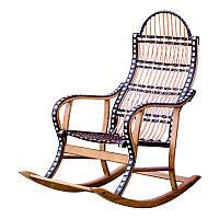 Кресло-качалка плетеная из лозы, декорирована искусственным ротангом