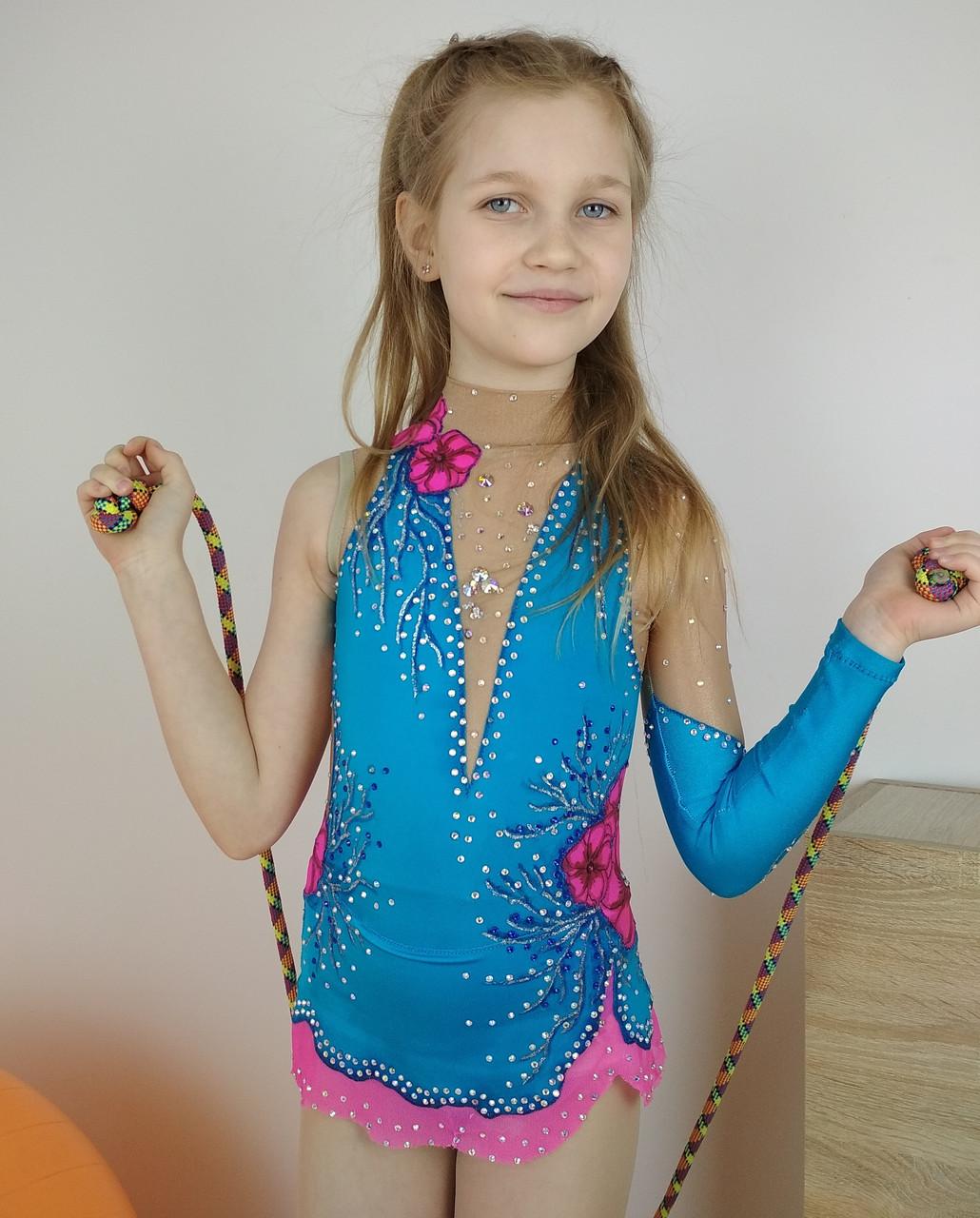 ad8f39625c44 Яркий голубой купальник со стразами и цветами для художественной гимнастики  116-122