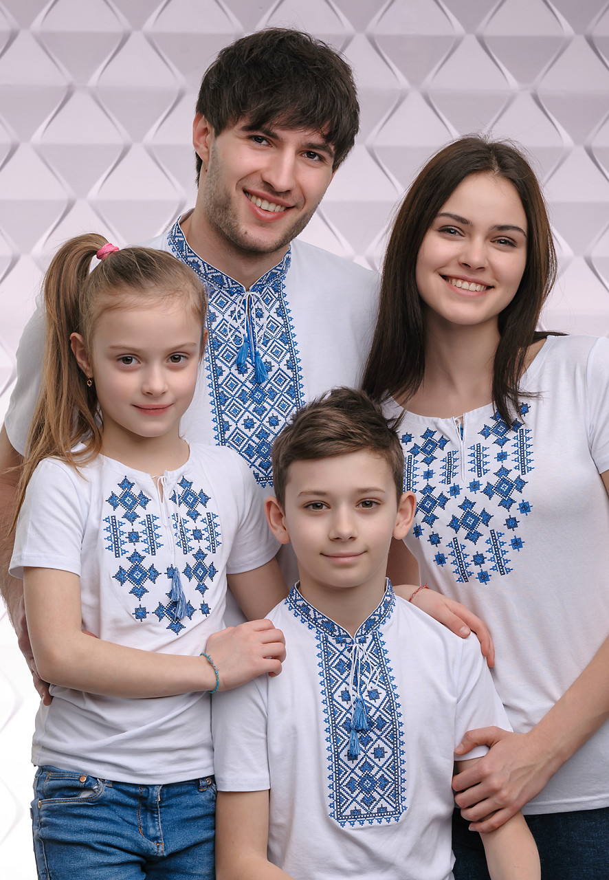 Парные футболки вышиванки для всей семьи Орнамент синий