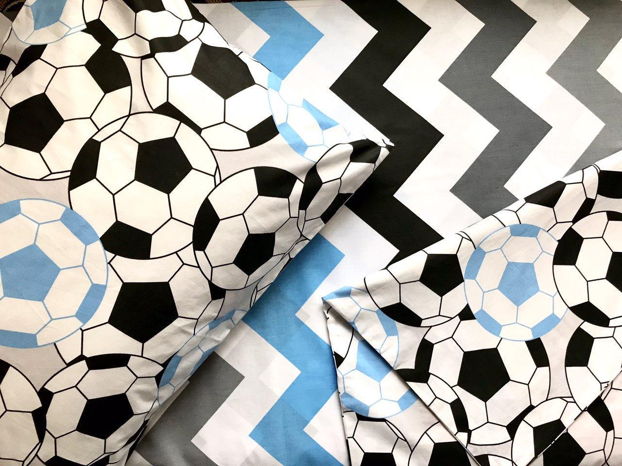 Постельное белье полуторное Футбольные мячи (100 % хлопок)