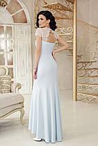 Праздничное платье длинное по фигуре к низу расклешенное с коротким рукавом голубого цвета, фото 2