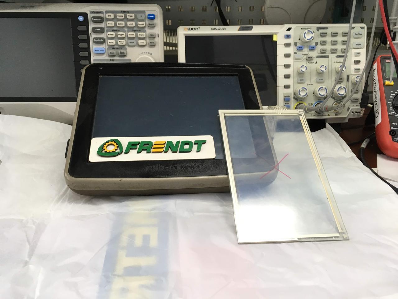 Ремонт ком'ютерів, заміна сенсору John Deere
