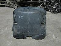 Центральный пыльник двигателя Mercedes W220 S-Class (2205240730), фото 1