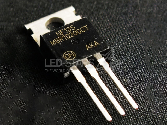 MBR10200CT  10A; 200V; DIODES SCHOTTKY  TO-220AC