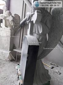 Скульптура ангела из гранита с крестом. Изготовление Киев, установка Николаев. 9