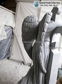 Скульптура ангела из гранита с крестом. Изготовление Киев, установка Николаев. 10