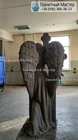 Скульптура ангела из гранита с крестом. Изготовление Киев, установка Николаев. 14