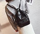 Рюкзак классический PU кожзам женский чёрный с двумя кармашками, фото 3