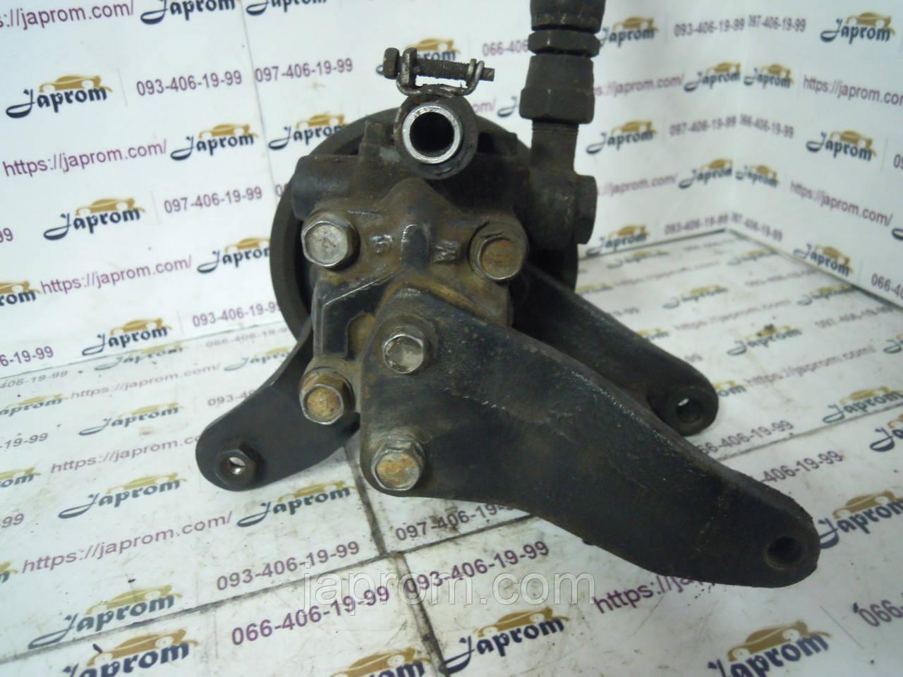 Насос гидроусилителя руля Nissan Bluebird U11 1983–1990г.в. 1.8 2.0 бензин
