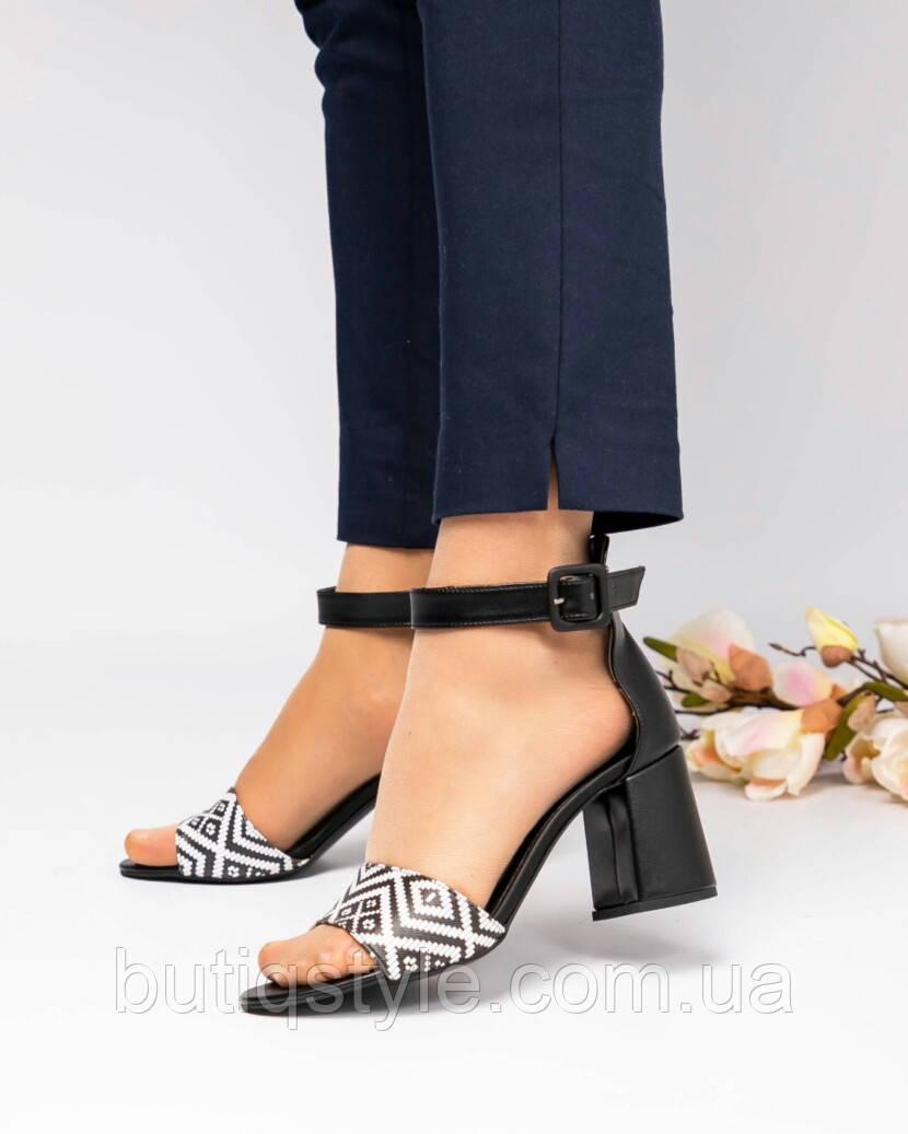 36,38 размер Женские черные босоножки на каблуке эко-кожа