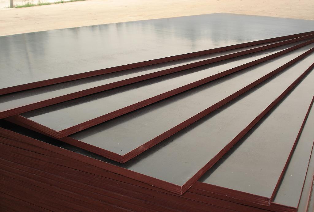 Фанера ламінована сет/гл 1250х2500х 6мм. т. вишн.