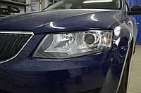 Skoda Octavia A5 установка LED-БИ линз