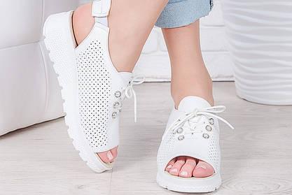 Летняя обувь. Пора позаботиться о ногах!