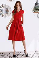 Стильное женское платье миди ниже колена красное