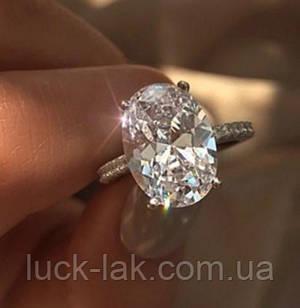 Кільце з великим кристалом, розмір 8 USA