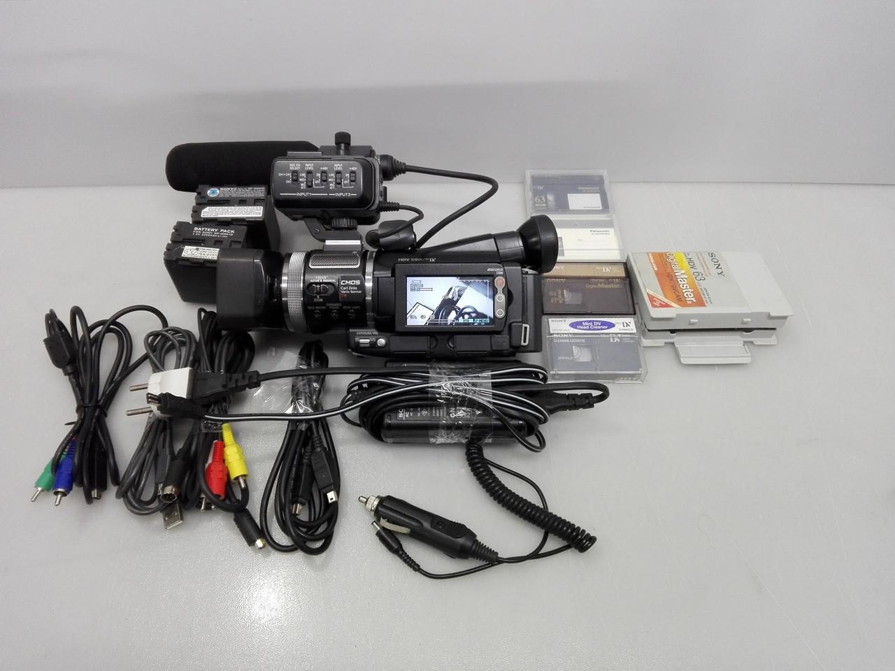 Профессиональная видеокамера Sony HVR-A1J Full HD 1080p