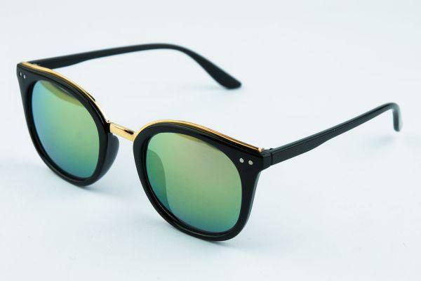 Женские солнцезащитные очки 1068