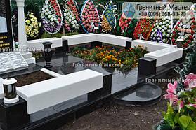 Памятник в виде церкви из мрамора. Полтавская обл., с. Плехов 17
