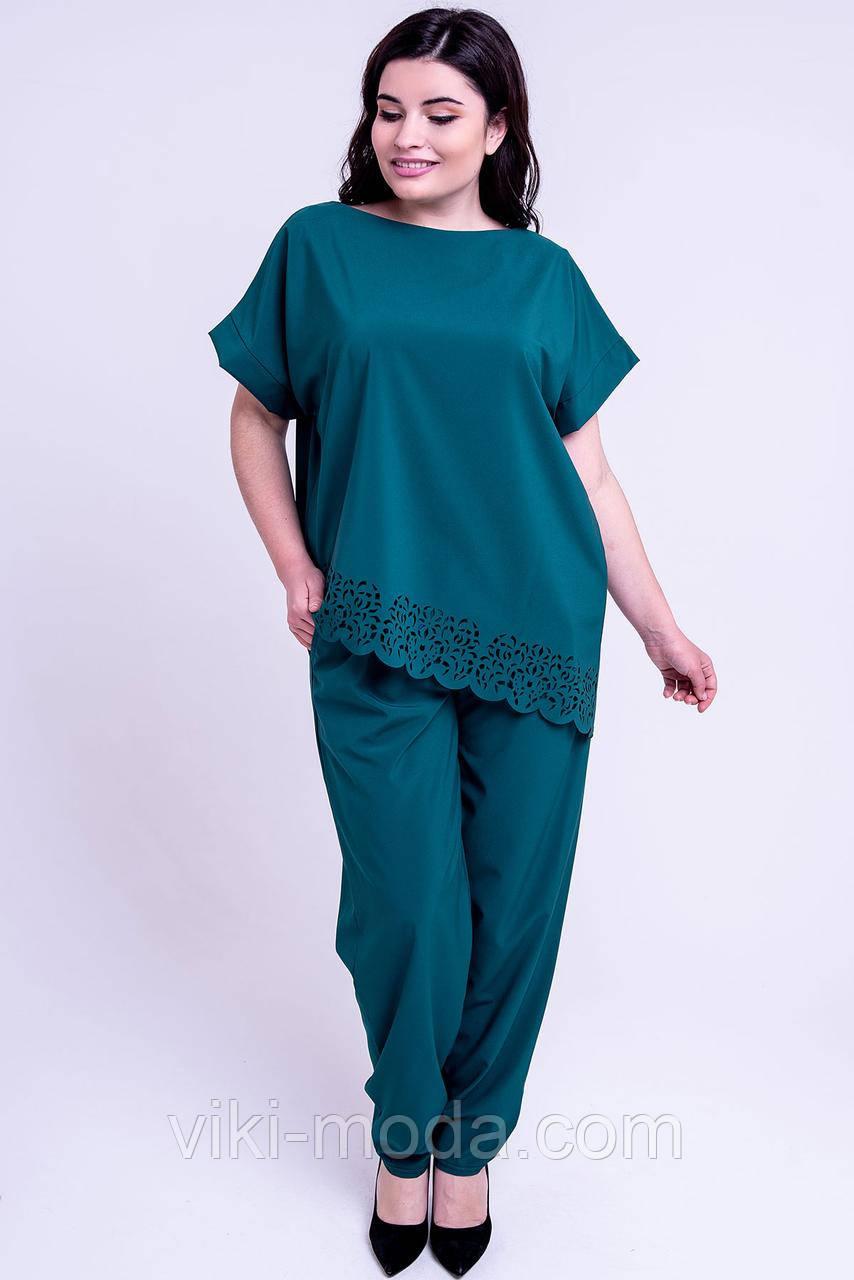 Женский летний штапельный костюм большого размера Синти. Цвет зеленый