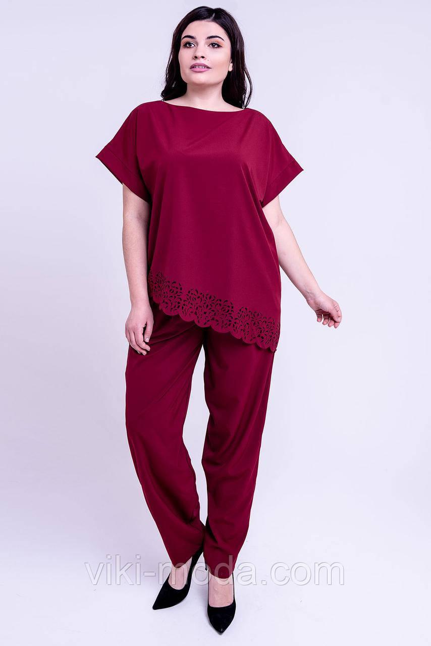 Женский летний штапельный костюм большого размера Синти. Бордового цвета.