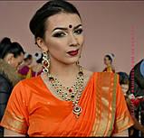 Индийские  украшения к сари, под золото с  красными и зелеными камнями, набор тика, серьги, колье ., фото 5