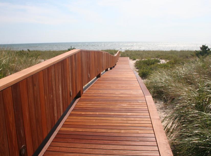 Импрегнация древесины в прибрежной зоне
