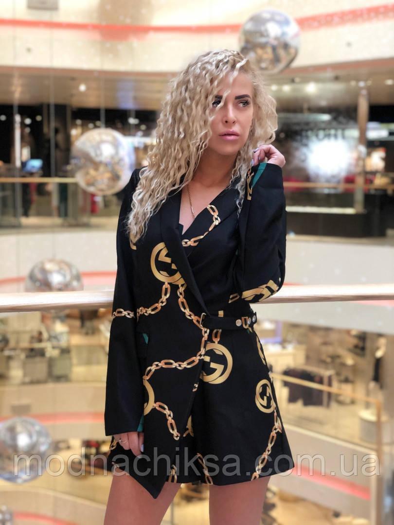 Модный женский комбинезон шортами
