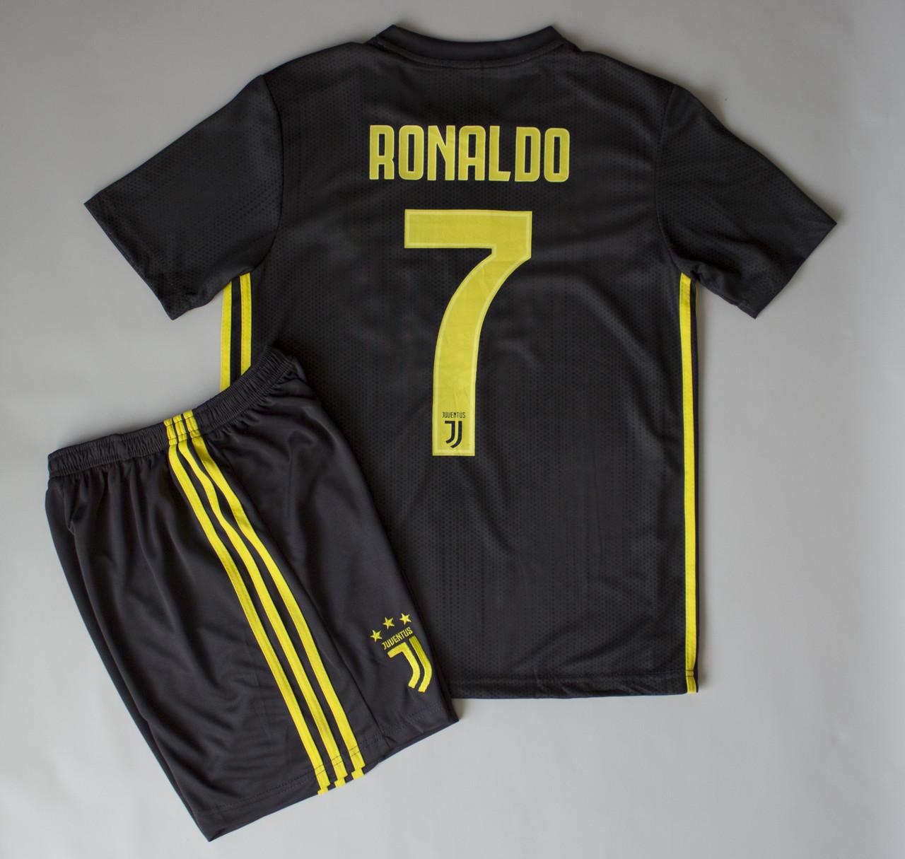 Футбольна форма Ювентус резервна №7 Ronaldo 2018-2019